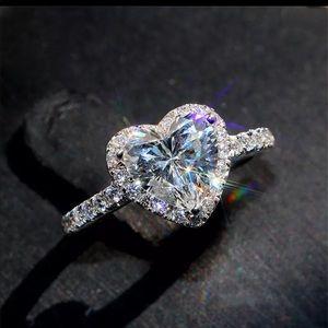 925 Sterling Silver Diamond Heart Promise Ring 7